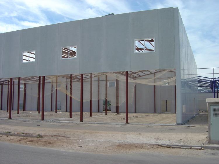 Construcci n de oficinas y naves industriales for Construccion de oficinas